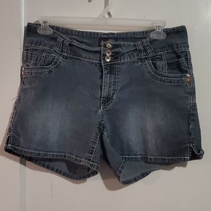 💛Angels Size 16 Jean Shorts